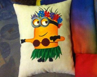 Personalized minions decorative pillow/ Minions home decor/ Dancing minion/Despicable me/ Despicable me 2/Despicable me fans gift/ Gift idea