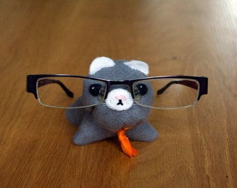 Glasses Stand: Glasses Holder, Felt Cat, Grey Cat, Felt Glasses Stand, Office Accessory, Mothers Day Gift, Bedroom Decor, Cat Lover Gift