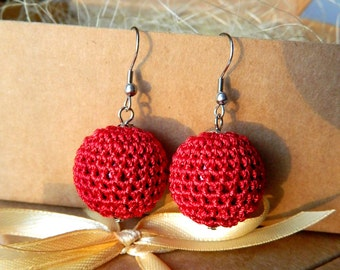 Red crochet earrings.Bridesmaid jewelry. Motherdays gift