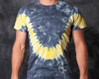 Print or Dye - Tshirt: STUPID DONKEY. Size S/M. 100% Cotton.