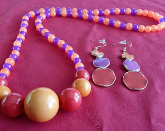 Simply Classy 2 piece Orange, Red and Purple Beaded Necklace and Earrings (SKU# UVF2PP121)