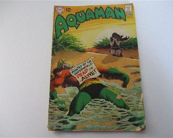 DC Vintage Aquaman Super Hero Comic NO 45 2969