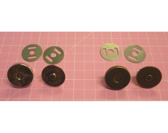 Magnetic Snaps 14mm Regular Size per set of 2 in Nickel or Antique Brass
