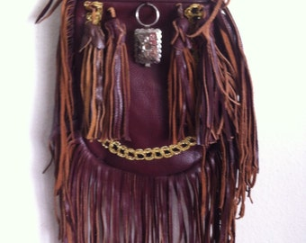 Real handmade crossbody bag from soft leather with elements of fashionable leather fringe with decoration new women's vinous bag size-small.