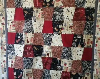 Tumbler Quilt Throw (Themed)