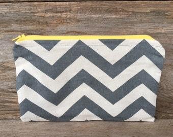 Gray & natural chevron medium zipper pouch, cosmetic pouch, coin purse, handmade cotton zipper pouch, lined zipper pouch