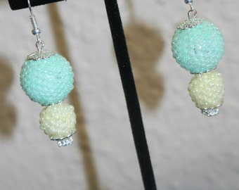 Long Beaded earrings, pearl stitched with seed beads, elegant colora mint green and light yellow.