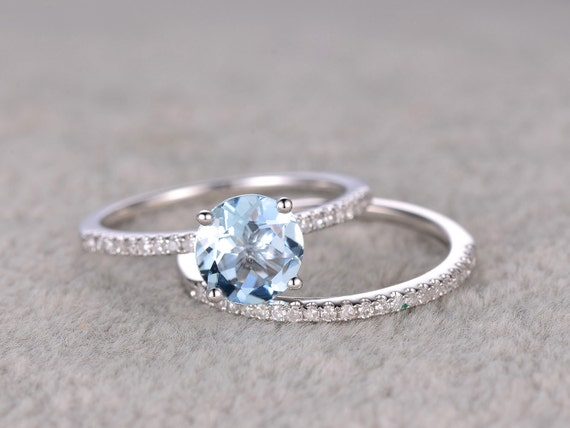 2pcs Round Blue Aquamarine Wedding Ring SetEngagement