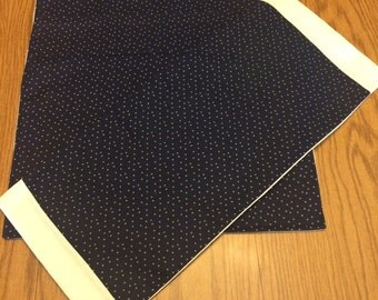 4  Dark blue star placemats with table runner!
