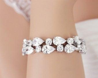 Bridal bracelet, CZ Wedding bracelet, Swarovski, Crystal cuff bracelet, Bridesmaid bracelet, Bridal wedding jewelry, Wedding accessory 0156