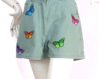 green shorts Kustom4U Patches butterflies Size 36