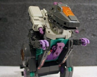 1986 Trypticon Transformer Toy