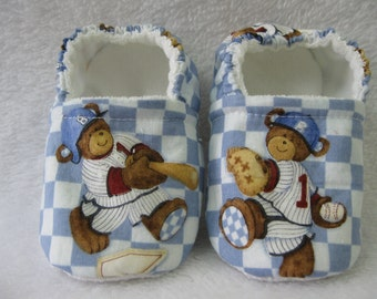 """Slippers size 18-24 months (5.5 """"-14.5 cm"""")"""