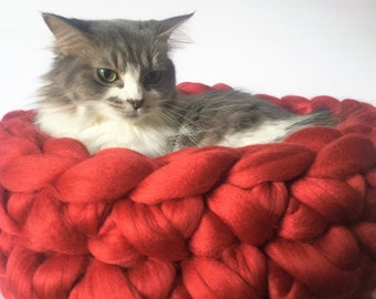 Cat Bed, Graduation gift, Chunky Knit Cat bed, Cat Bedding, Cat Mat, Merino Wool Cat bed, Wool Pet bed, Chunky Cat Bed