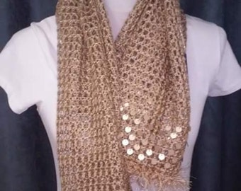 Fine wool shawl or scarf
