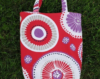 Tote bag in red