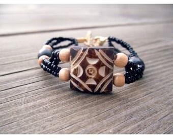 Rockery, ethnic wood Beads Bracelet