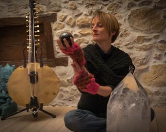 Crocodile stitch gloves mitten mohair wool