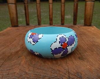 Hand painted wood bracelet - Sky blue flower bracelet