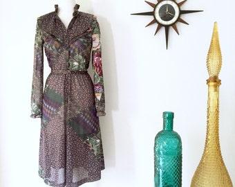 Vintage 1970s boho style floral paisley patchwork peasant dress