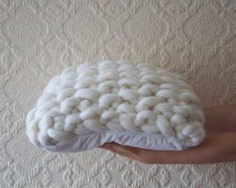 White pillow, knited cushion, cushion cover, decorative pillow, cushion pad,  merino wool, wool pillow, chunky knit, throw pillow