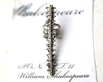 Spine long ring Silver