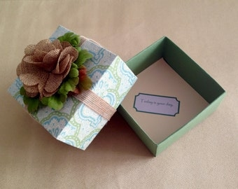 Green and Beige Decorative Gift Box