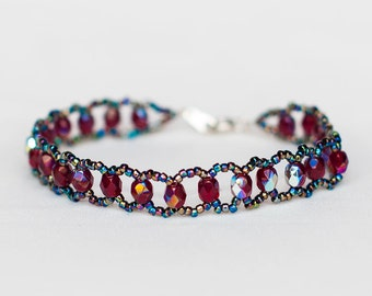 Dark Bracelet with Beautiful Colors and an Intense Sheen