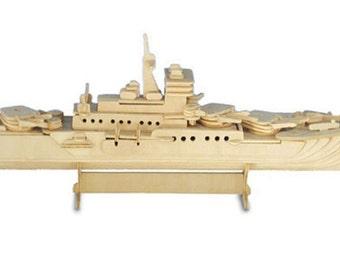 Cruiser Ship Woodcraft Construction Kit H18 x L46 x W11cm