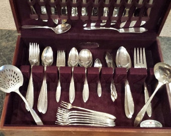 1937 Reverie Silverplate Flatware Set by Nobility Plate 114 piece set