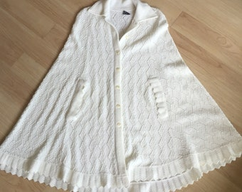 Vintage kintted poncho