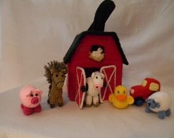 Crochet Barn Carrying Case with 6 figures - Amigurumi
