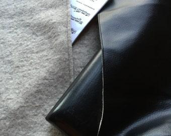 Vegan Model flute bag with padded sheet music