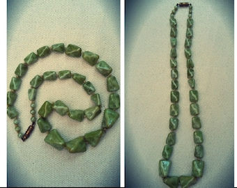 Vintage 1930's green glass necklace