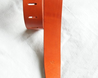 "handmade leather guitar strap made in France Urban Cam "" The 600 orange"""