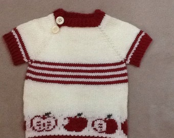 Toddler's short sleeve sweater/tunic with an apple motif in size 12 months