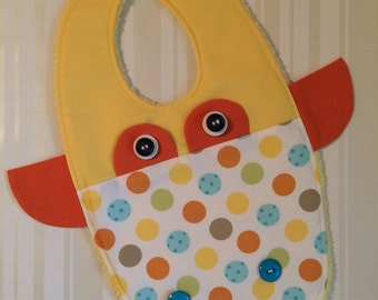 Adorable Giraffe Baby Bib - Gift Idea - Great Baby Shower Gift - Soft Baby Bib - Yellow Bib - Giraffe Bib - Spring  Bib - Modern Baby Bib