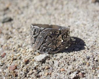Vintage Sterling Silver Floral Band Ring Carved Size 6