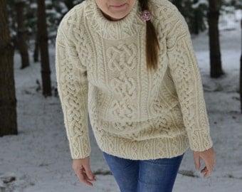 "Aran sweater for woman ""Lavena"""