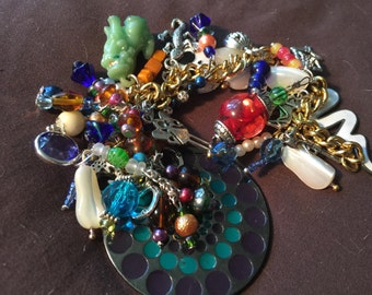 Halloween Day of the Dead Scare Vintage Charm Beaded Bracelet
