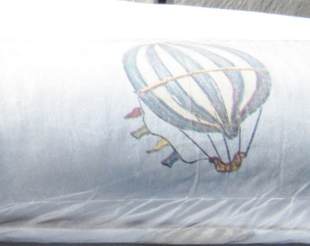 Hot air balloon Wallpaper, Vintage Air balloon paper, 20 x 32 ft, little boys room, craft project paper, wall covering