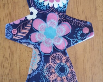 Minky topped 10.5 inch moderate flow cloth pad