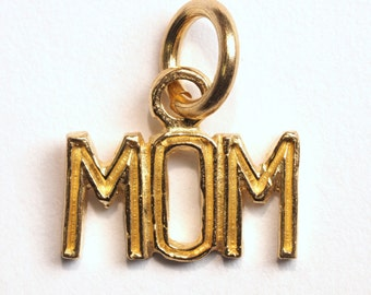"10K Yellow Gold ""MOM"" Pendant (0.48g) Retail 375CAD"