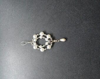 Elegant Pearl Necklace Pendent