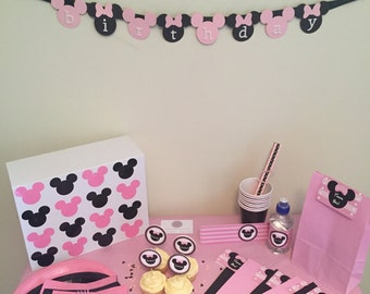 The MINNIE MOUSE Perfect Party Kit