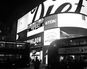 Fotografia Piccadilly Circus, fotografia bianco nero Londra, fotografia di viaggio, fotografia Fine Art