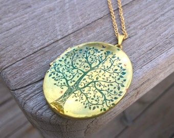 Locket,Brass Locket,Tree of life locket,tree of life,natur,life,green tree,spring,oval locket,gold chain,