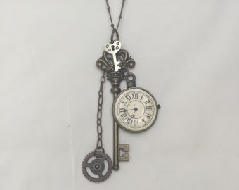 Gifts for Mom Steampunk Necklace Steampunk Pendant Steampunk Jewelry Key Necklace Key Jewelry Clock Face Gears Fancy Brass Key Jewelry