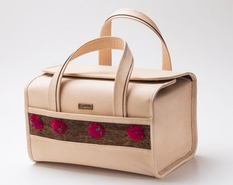 Bag Pitillero Natural with artisan application!