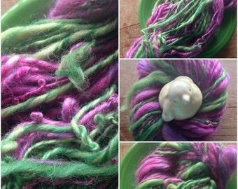 Handspun Merino Yarn- Thick Thin Bulky Slubby Chunky Fuscia and Green